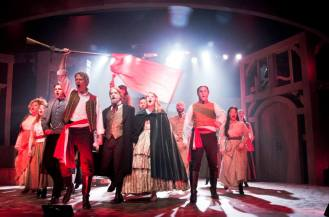 "Cast of LES MISERABLES performs ""One Day More"""